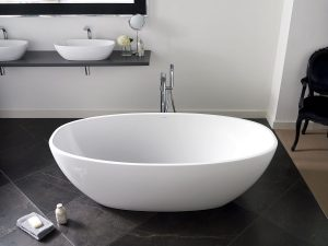 Freestanding bathtub / oval / stone resin
